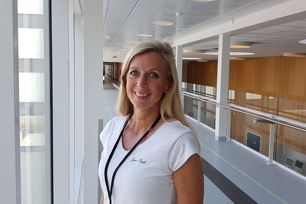 Anne Karine Roos